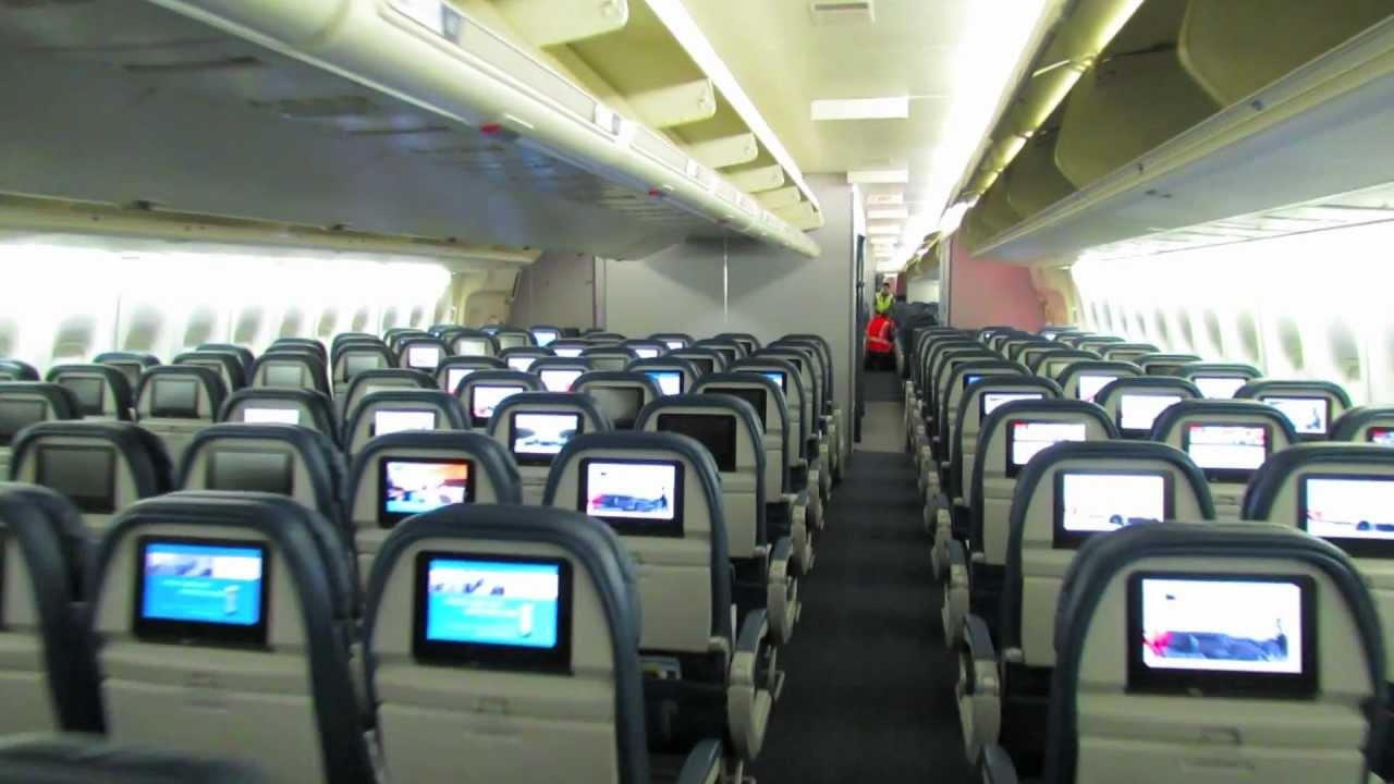 Салон Boeing 747 400